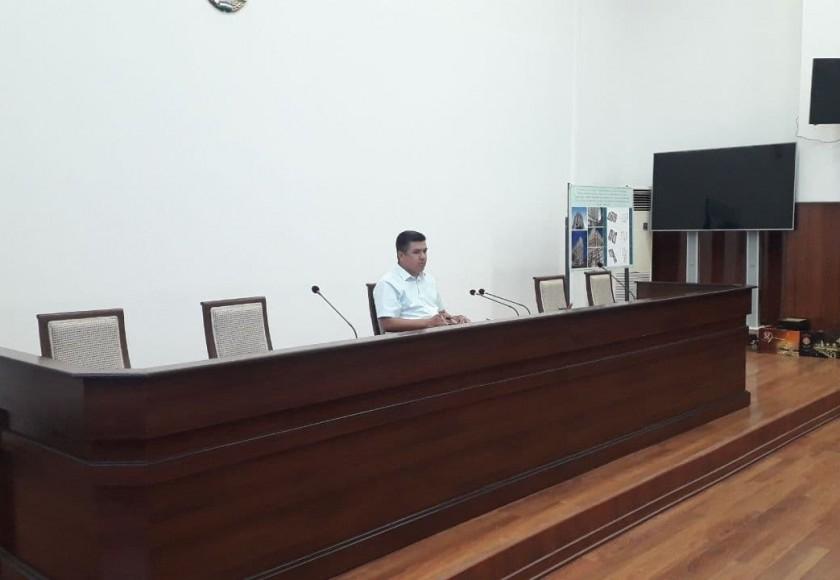 Халқ депутатлари Термиз шаҳар Кенгашининг ХХХI сессияси бўлиб ўтди